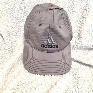 Adidas stretch Fit cap.